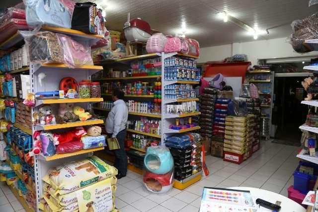 Sancionada lei que inclui pet shops como atividade de serviço essencial