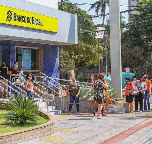 Estado contrata Banco por 13,5 milhões para começar a pagar benefício de R$ 200