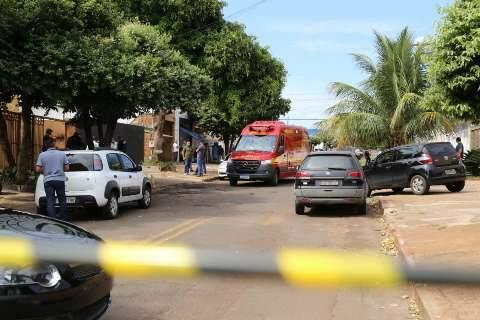 """""""Vivemos com medo"""", dizem vizinhos de albergue onde um morreu em troca de tiros"""