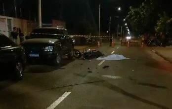 A Polícia Militar interditou o local do acidente. (Foto: Direto das Ruas)