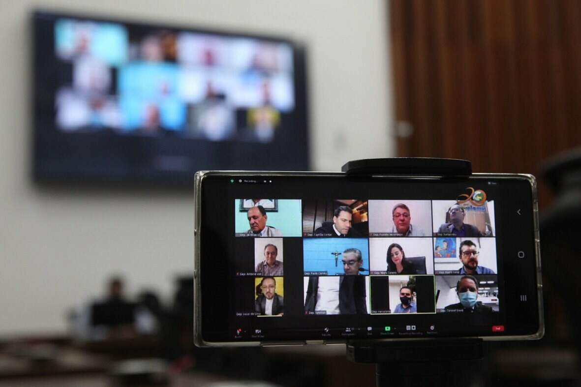 A maioria dos deputados estaduais tem optado pela participação virtual nas sessões mistas da Assembleia Legislativa (Foto Wagner Guimarães)