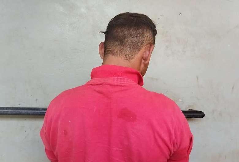 Homem foi preso em flagrante e confessou crime de furto (Foto: Dourados News)