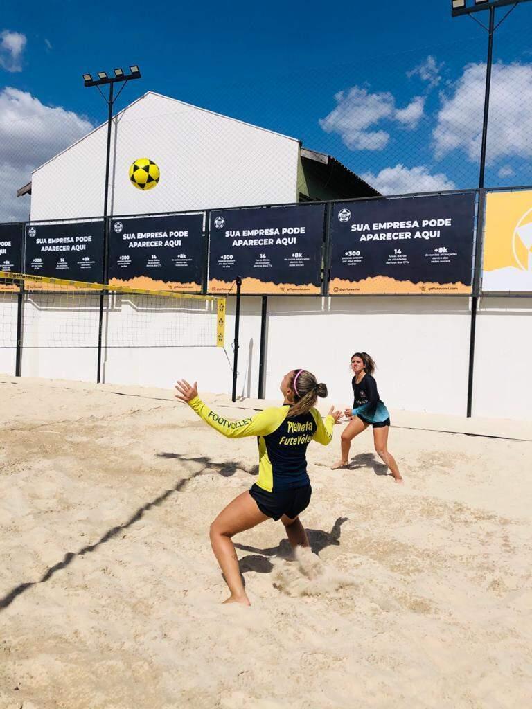 Meninas também vão participar da disputa nas areias da AABB (Foto Tiago Silva)