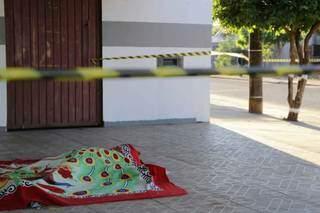 O corpo de Carla foi encontrado no dia 3 de julho de 2020 na varanda de um bar (Foto; Kísie Ainoã)