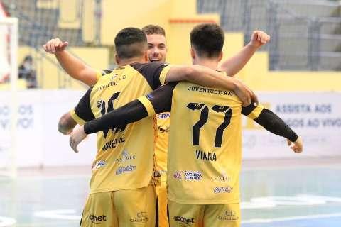 Goleiro marca e equipe de MS estreia com vitória na Liga Nacional de Futsal