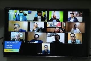 Última sessão remota foi realizada em abril e vereadores não ficaram nem um mês atuando de forma presencial no Plenário (Foto Izaías Medeiros)
