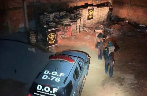 Polícia encontra 10 toneladas de maconha no pátio de empresa em Dourados