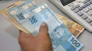 Dinheiro estará na conta para quem recebe no Banco do Brasil a partir do dia 1º de junho (Foto Divulgação)