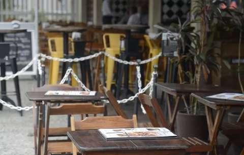 """Setor de bares e restaurantes critica """"lockdown"""" em Dourados"""