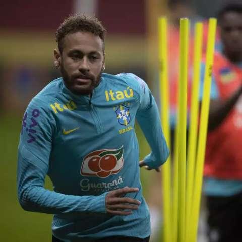 Brasil enfrenta Equador nesta noite com Neymar e Gabigol no ataque