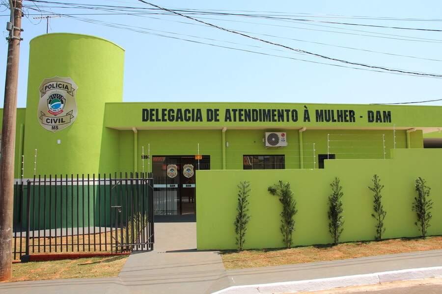 Caso foi registrado na Delegacia de Atendimento à Mulher de Nova Andradina. (Foto: Nova News)