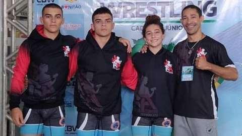 Irmãos de MS representam o Brasil em competição de luta olímpica
