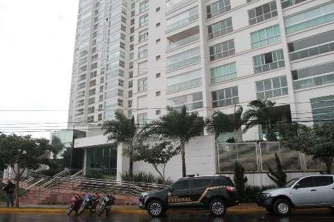 Policiais federais vasculham casas e escritórios ligados a 3 conselheiros do TCE