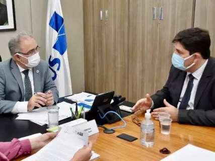 "Prefeitura pede 351 mil doses para vacinar ""Campo Grande inteira"" imediatamente"