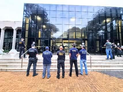 Polícia Federal passou a noite no TCE para coletar provas em operação