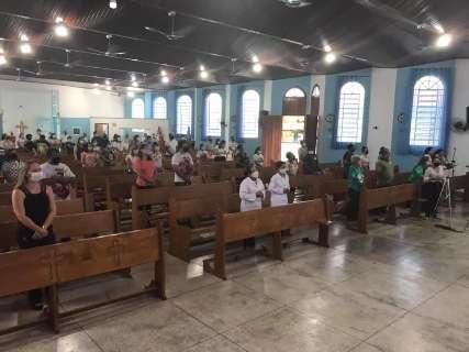 Igrejas católicas em duas cidades de MS suspendem atividades presenciais