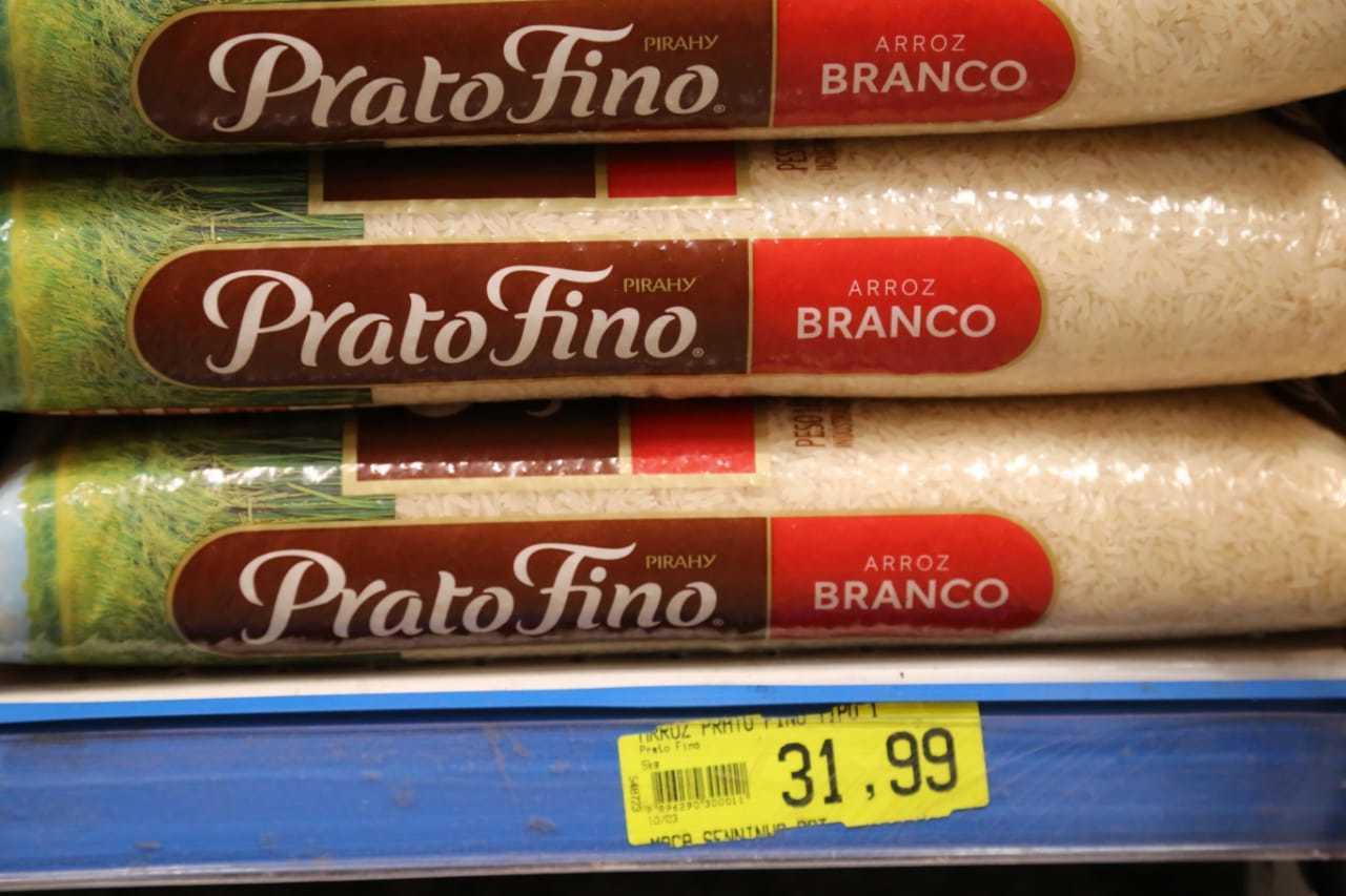Em abril, arroz tipo 1 vendido a R$ 31,99 em Campo Grande. (Foto: Kisiê Ainoã | Arquivo)