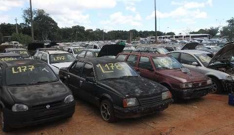 Donos de 564 veículos são notificados a quitar débitos, sob risco de leilão