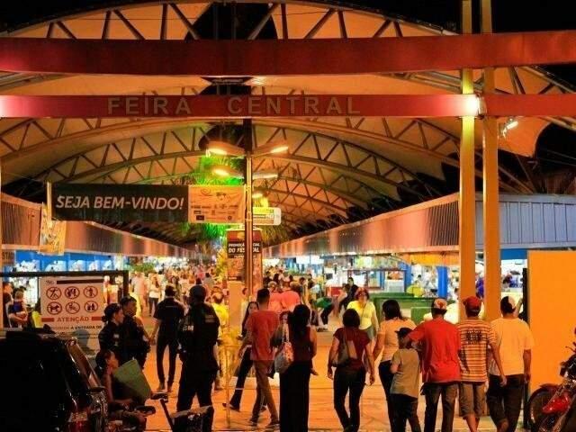 Movimento em uma das entradas da Feira Central de Campo Grande. (Foto: Divulgação)
