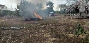 Incêndio em sítio a 20 km da área urbana de Corumbá (Foto: Divulgação/PMA)
