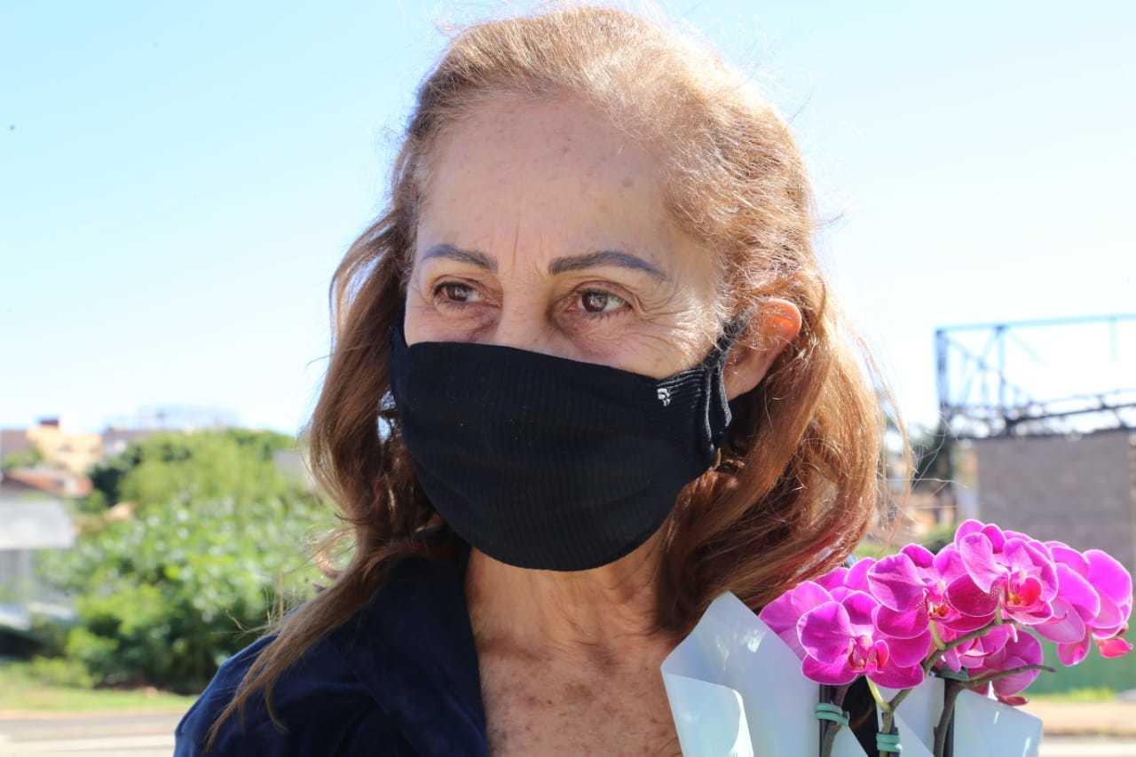 Esposa do engenheiro, Nágila fala do vazio que sentiu logo que o marido foi internado. (Foto: Kísie Ainoã)