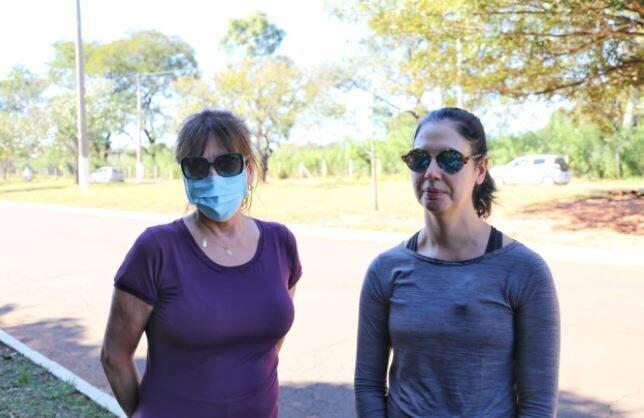 Amigas Vera e Isabel praticam atividades físicas todos os dias para ganhar imunidade (Foto Paulo Francis)