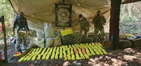 Polícia destrói acampamento de traficantes em área indígena na fronteira