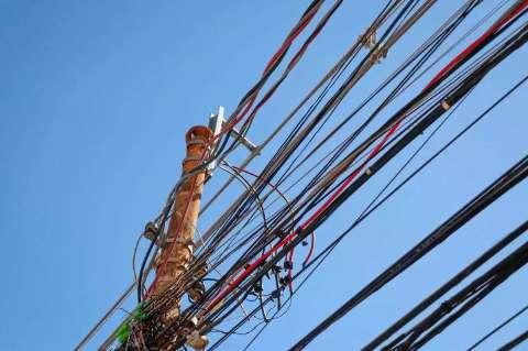 Aneel prorroga proibição de corte de luz para moradores de baixa renda