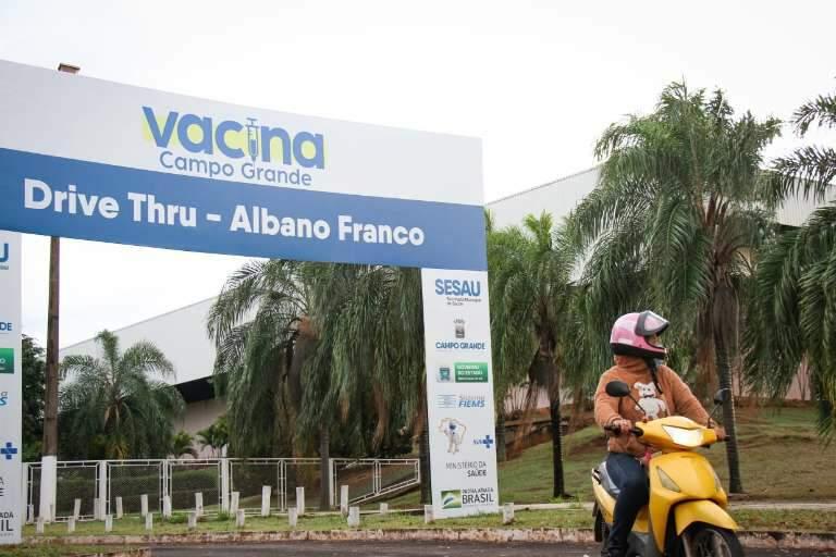 Campo Grande vai para o quarto dia sem vacinação contra covid-19