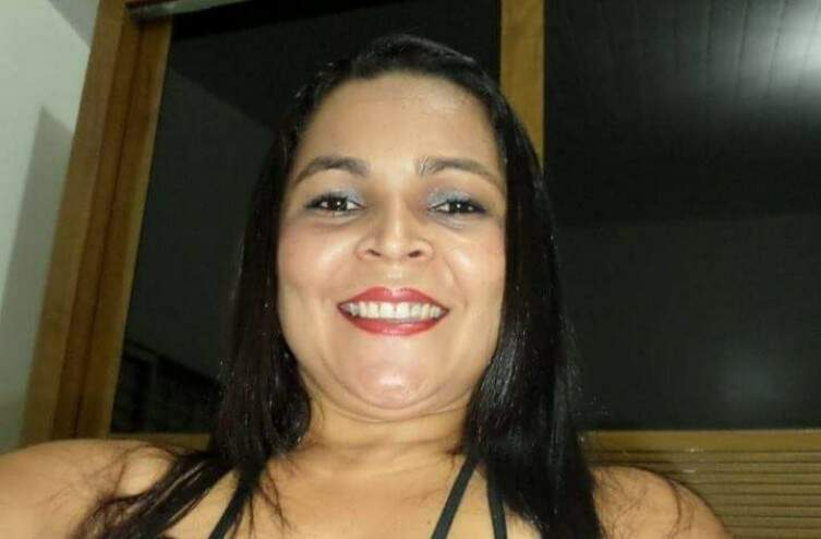 Cristiane tinha 39 anos e morreu durante caminhada (Foto: Reprodução/Redes Sociais)