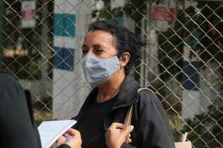 Francisley Pereira do Santos, 62 anos, precisou adiar a segunda dose da vacina após contrair o coronavírus (Foto: Marcos Maluf)