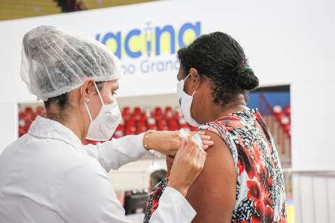 Secretário promete vacinar toda população de MS no início de agosto