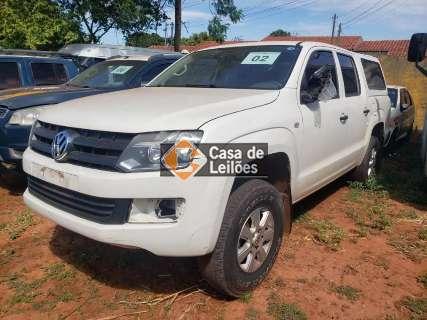 Governo realiza leilão de veículos e sucatas com lances a partir de R$ 200