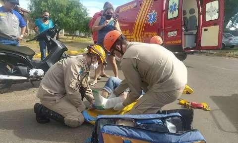 Motociclista de 24 anos que atingiu caminhão morre após dois meses internada