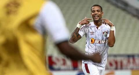 No duelo dos invictos, Fluminense cede empate ao Fortaleza no Castelão