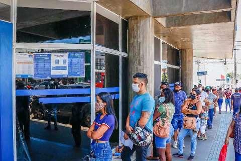 Beneficiários do Bolsa Família recebem hoje parcela do auxílio emergencial