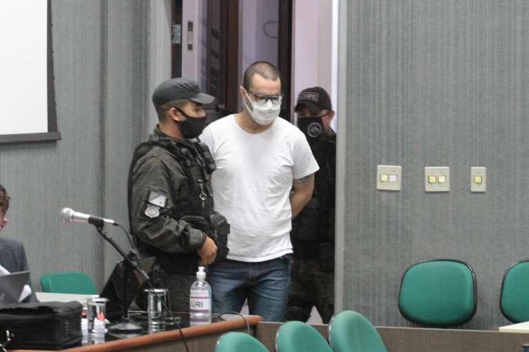 Réu pega 14 anos por assassinato que começou no Brasil e terminou no Paraguai
