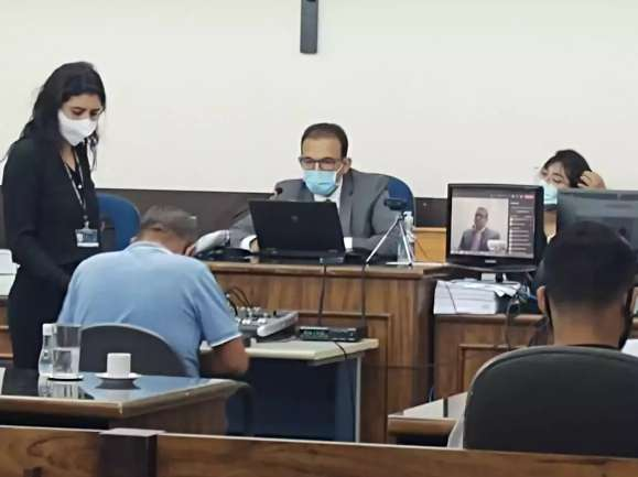 Delegado é condenado a 20 anos por assassinato de boliviano em ambulância