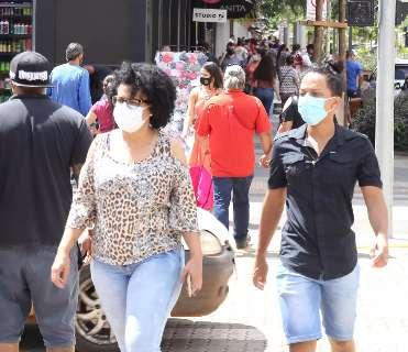 Apesar de polêmico, deputados sugerem desobrigar uso da máscara em local fechado