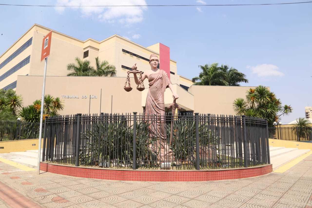 Mulheres vão passar por audiência de custódia esta manhã, no Fórum de Campo Grande (Foto/Arquivo)