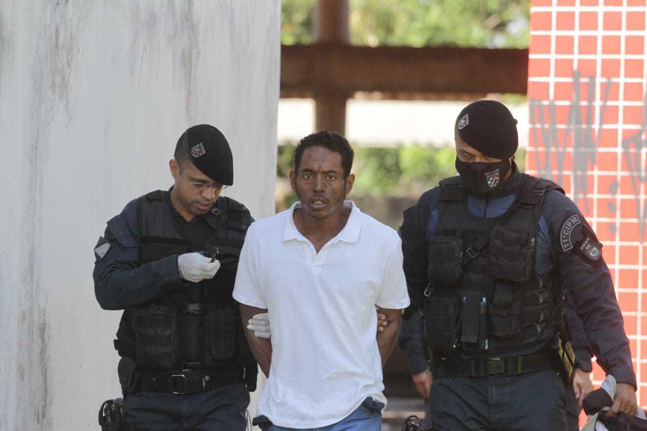 André Luiz do Nascimento Santos, de 36 anos, foi autuado em flagrante. (Foto: Marcos Maluf)