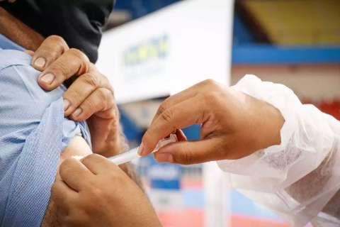 Para cumprir meta de vacinação até setembro, 10 mil devem ser vacinados ao dia