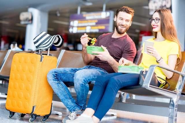Dicas sobre levar sua própria comida em viagens de avião