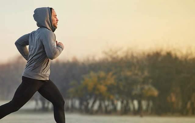 Quase metade das pessoas abandona atividade física no frio
