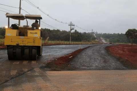 Prefeitura começa asfalto na Avenida Rita Vieira, novo acesso às Moreninhas