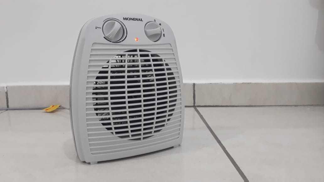 Aquecedor portátil é ótimo para aquecer pequenos ambientes. (Foto: Bárbara Cavalcanti)