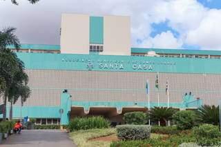 Vítima foi atendida por equipe de cirurgia plástica na Santa Casa de Campo Grande (Foto: Arquivo/Henrique Kawaminami)