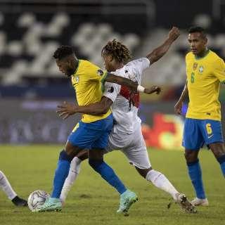 Brasil reencontra seleção peruana por vaga na final da Copa América