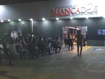Contador que furtava dinheiro de fiéis paga R$ 1 mil de fiança e deixa cadeia