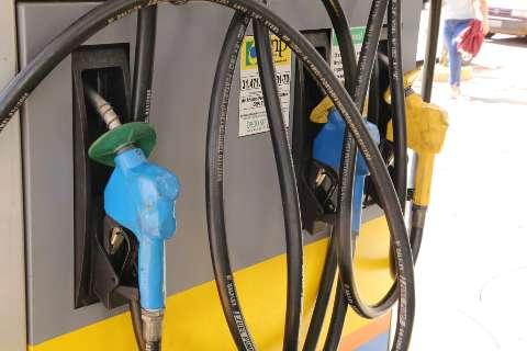 Maioria pesquisa preço, mas nem sempre resolve problema da gasolina cara